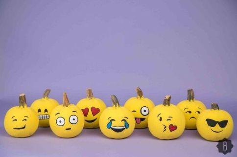 http://www.thesnug.com/diy-emoji-pumpkins-1413129140.html#22deb